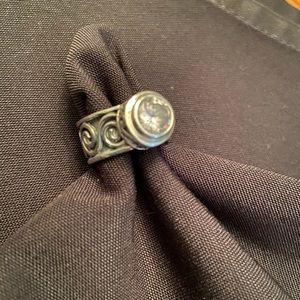 Silpada HTF Rare bezel set cubic zirconia SS ring